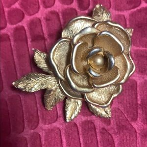 Sarah Coventry Gold rose Brooch